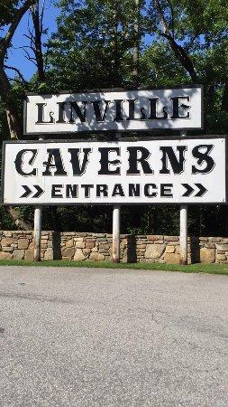Linville Caverns : Entrance