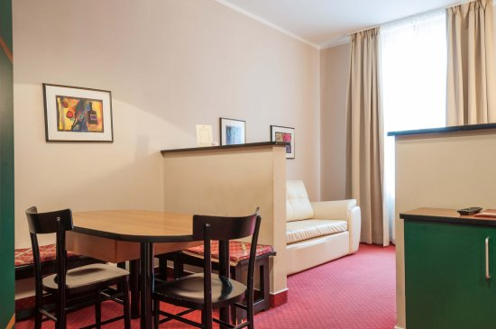Hotel mala strana updated 2017 reviews price comparison for Hotel residence mala strana tripadvisor