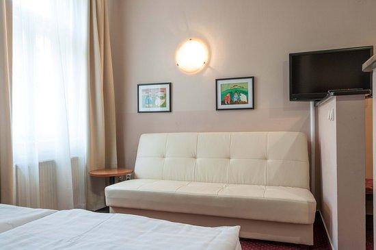 Hotel mala strana updated 2018 reviews price for Hotel mala strana