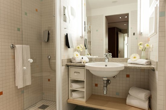 Schön Centrovital Hotel Berlin: Badezimmer