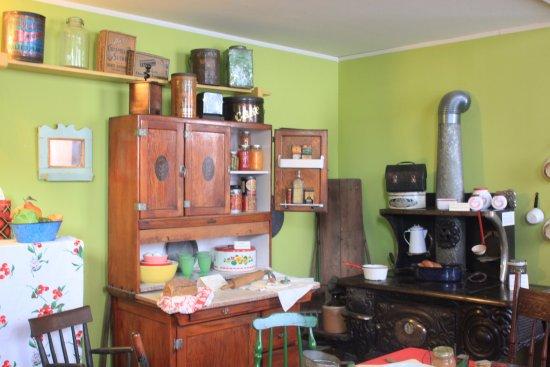 Brunswick, MD: A Pre-World-War II Kitchen