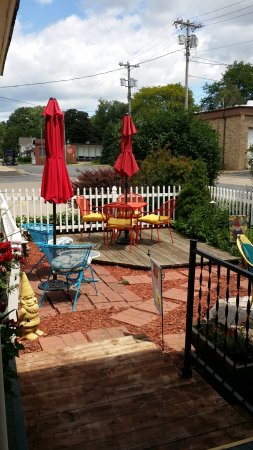 Westby House Inn: patio