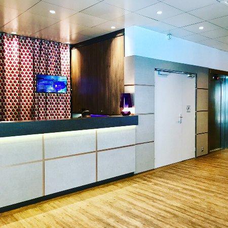 Hotel Paris Louis Blanc: Lobby