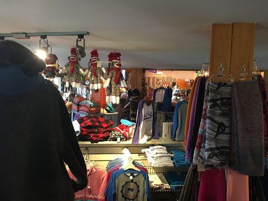 Flora's Gift Shop (Cheticamp, Nova Scotia): Top Tips Before You Go ...