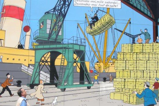 Сен-Назер, Франция: Décoration 2  en hommage à Hergé