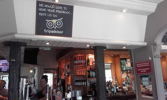 Bexley, UK: Trip Advisor Board above Bar