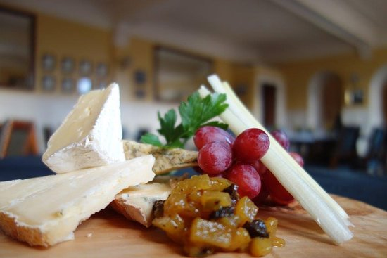 Cruden Bay (Port Erroll), UK: Scottish cheese plate
