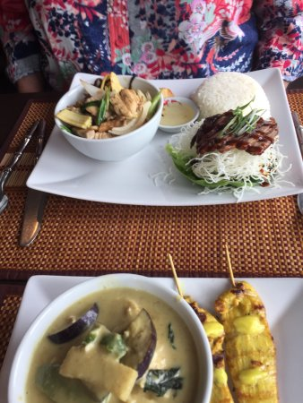 The Britannia Thai Restaurant: photo3.jpg