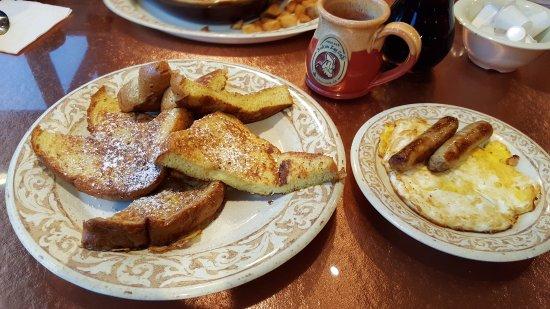 Johns Creek, GA: French Toast, 2 eggs over hard, turkey links