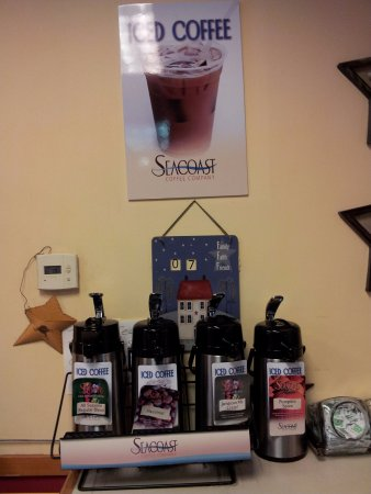 South Portland, ME: ICED COFFEES AND TEA AVAILABLE YEAR ROUND