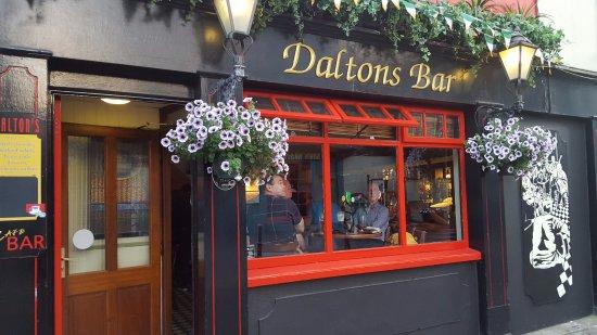 Dalton's Bar