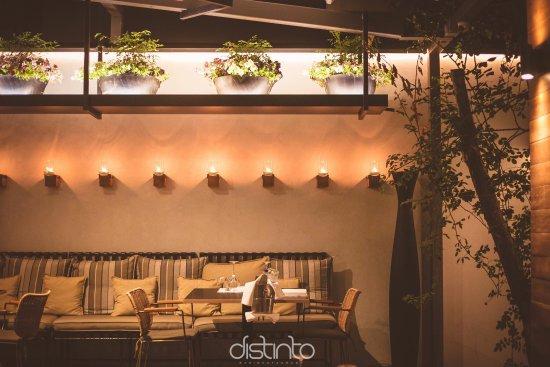 Rio, Grecia: Distinto bar restaurant