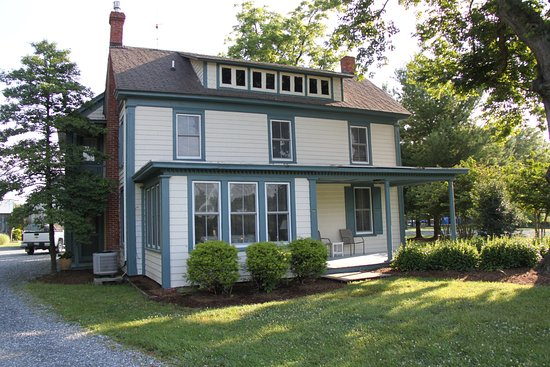 Rock Hall, MD: the Old Farm house