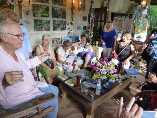 Hunte's Gardens: Tasting Rum and Tall Tales