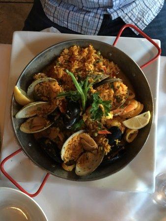 Barcelona Restaurant: photo0.jpg