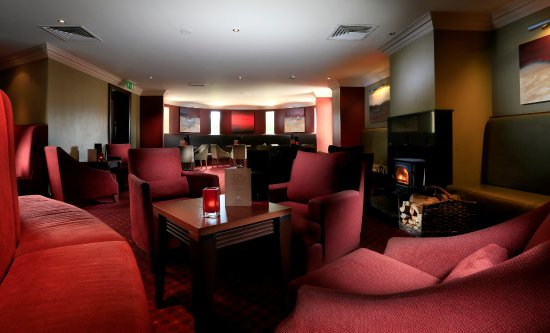 Macdonald Highlands Hotel at Macdonald Aviemore Resort: Laggan Whisky Bar in Macdonald Highlands Hotel