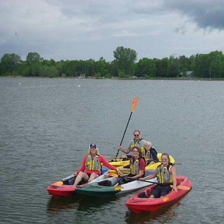 Baileys Harbor, WI: The whole gang enjoyed kayaking!