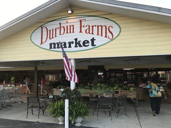Clanton, AL: Entrance to Durbin Farms market