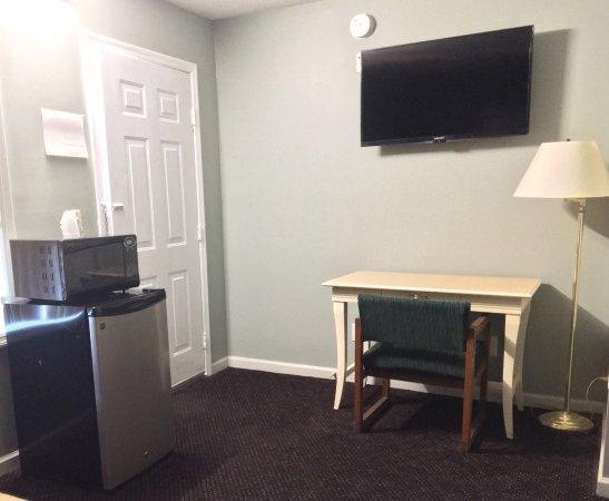 Livingston, TN: Guestroom