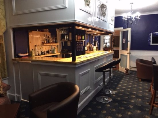 باين لودج - جيست هاوس: Bar area