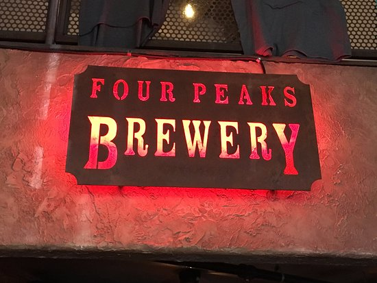 Four Peaks Grill & Tap: nice sign