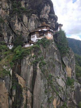 Taktsang Palphug Monastery: photo1.jpg