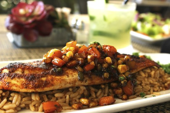 Cafe Barron's: Chef Lunch Special - Blackened Red Fish with honey, corn, jalapeño salsa
