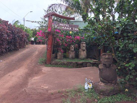 Kaimana Inn Hotel & Restaurant: Entrada do Hotel