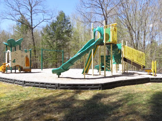 The Seasons Resort: Playground