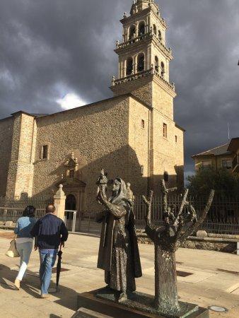 El Arbol Seco de la Argentina - Página 3 Basilica-nuestra-senora