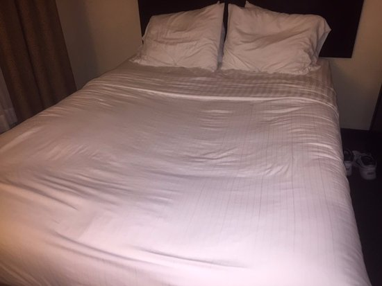 Caved In Mattress In Room 428 Picture Of Holiday Inn Express Hotel