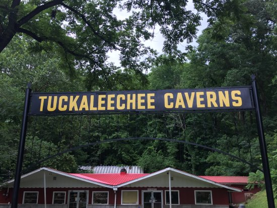 Townsend, TN: Tuckaleechee Caverns entrance