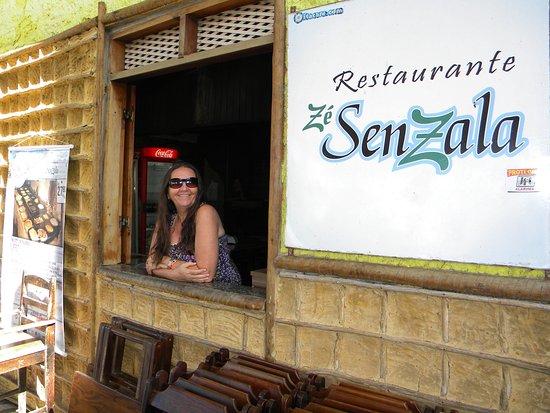 Restaurante Ze Senzala: Pousando para esta foto