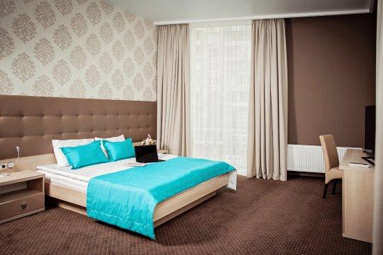hotel versailles lutsk ukraine voir les tarifs et avis h tel tripadvisor. Black Bedroom Furniture Sets. Home Design Ideas