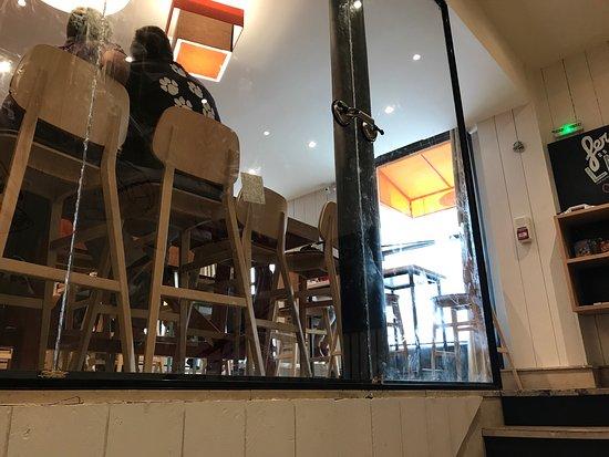 Flam 39 s saint lazare paris opera bourse restaurant reviews phone number photos - Restaurant saint lazare paris ...