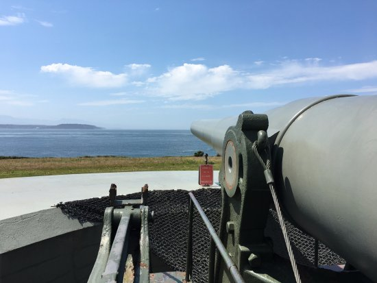 "Coupeville, WA: 10"" Gun mounted at the main fort."