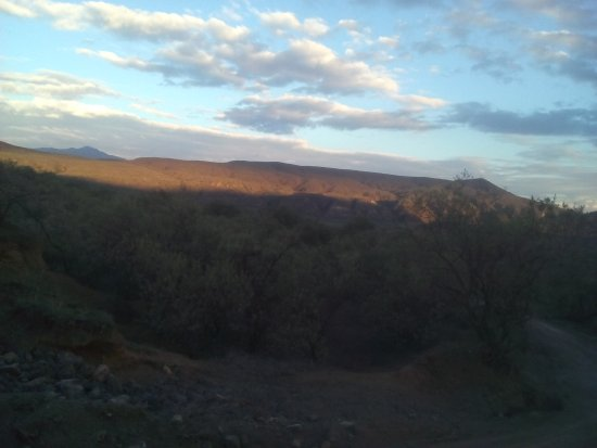 Hell's Gate National Park: The place is really cool, I loved it