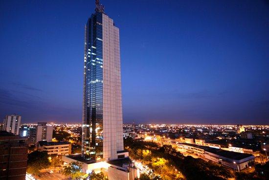 Torre De Cali Hotel: LA TORRE MAS ALTA DE CALI