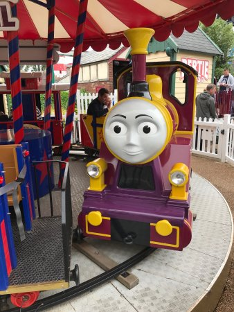Drayton Manor Park: photo1.jpg