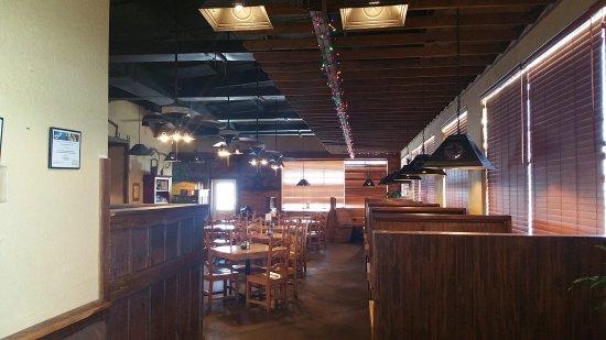 Bowie, Teksas: Armadillo Grill