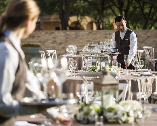 Four Seasons Resort and Club Dallas at Las Colinas: Outdoor Reception on The Terrace