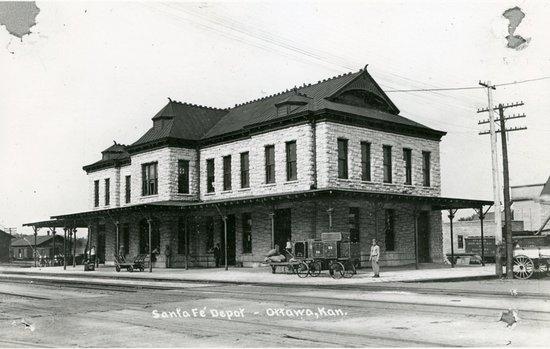 Ottawa, KS: Historic photo of the former Santa Fe Depot