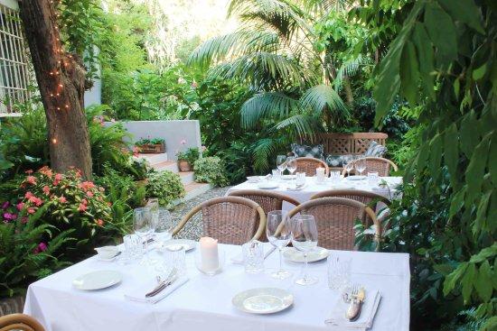 Restaurante La Tienda in Marbella - la cena en el lugar encantador
