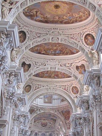 Dom St. Stephan: photo0.jpg