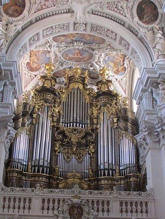 Dom St. Stephan: photo2.jpg
