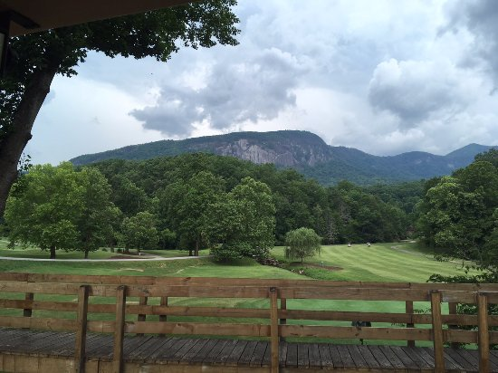 Lake Lure, Северная Каролина: View from golf cart path towards mountain.