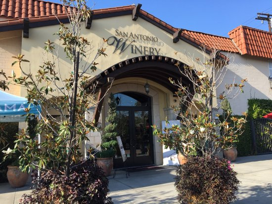 San Antonio Winery - Los Angeles: A MUST SEE! Great food and even better wine!!