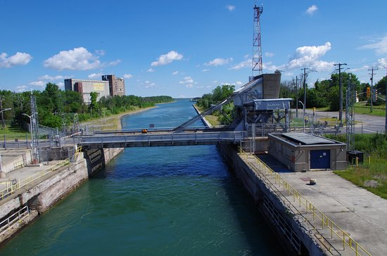 The Welland Canal: Waiting for bridge to be raised