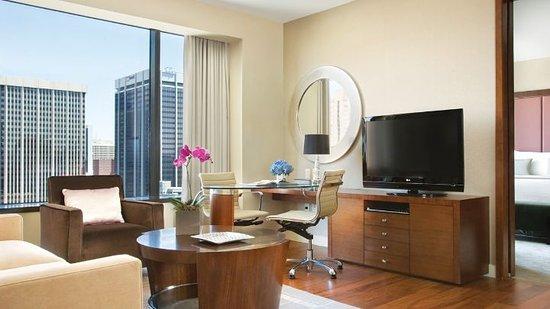 Four Seasons Hotel Denver: cq5dam_large.jpg