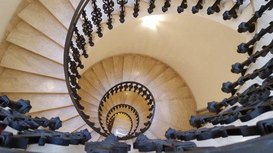 Hotel Garibaldi: Escadaria